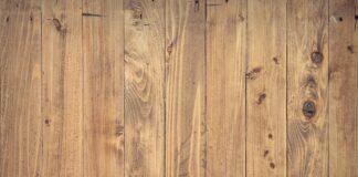 Jakie podłogi najlepiej wybrać do domu – drewno naturalne, czy panele podłogowe?